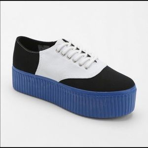 Punky saddle platform creepers with blue soles